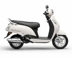 White Suzuki Access 125 Standard Scooter