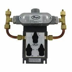 Dwyer 629C-05-CH-P2-E5-S3-3 Wet Differential Pressure Transmitter Range 100 PSID