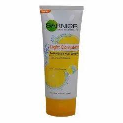 Garnier Light Complete Fairness Face Wash, Cream, Age Group: Adults