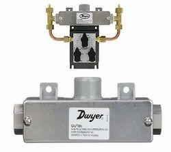 Dwyer 629C-03-CH-P2-E5-S1 Wet Differential Pressure Transmitter Range 25 PSID