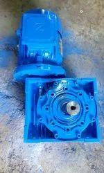 PEC 0.25 Hp T0 50 Hp worm geared motor foot output shaft upward, Voltage: 415 Volt 3 Ph Ac, 1 Rpm To 200 Rpm