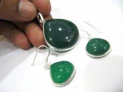 925 Sterling Silver Stamped Green Onyx Heart Shape Pendant Set Gemstone