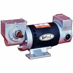 Flang And Foot Mounted Single Phase 110 W Royal PMDC Gear Motor, Voltage: 180 V, 1100 Rpm