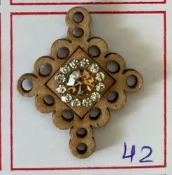 Cardboard Ladies Brown Button, For Garments, Packaging Type: Packet