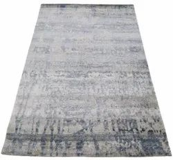Grey FAF00391 Hand Knotted Silk Carpet, Size: 4 X 6 Ft