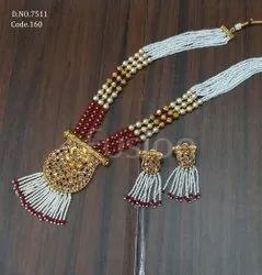 Fusion Arts Pearl Beaded Antique Pendant Set