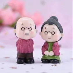Grandma Grandpa Couple Miniature Showpiece(Style 32 - Style 33) 1 Piece
