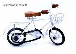 Art Decor White Iron Handicraft Cycle, Shape: Decorative