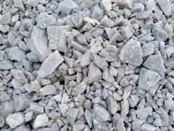 Milky Solid Quartz Mineral, Grade: Snow White, Packaging Size: Loose Full Lorry