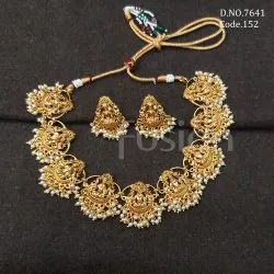 Fusion Arts Antique Temple Necklace Set
