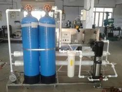 Reverse Osmosis PVC Water Purification Systems, Water Storage Capacity: 500 L, Purification Capacity: 500 Liter Per Hour