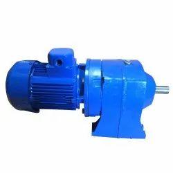 5.5 KW Flange SP102 Gear Motor, Voltage: 415 V, 400 RPM