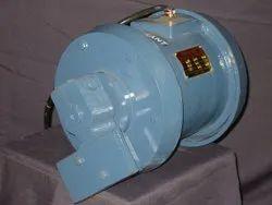Wedge Mounted Vibrator