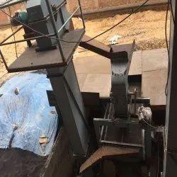 Belt Conveyor Bucket Elevators, Capacity: 2 ton, 415 V