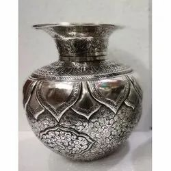 Metal Silver Plated Carving Work Flower Vase / Kalash For Decoration & Corporate Gift