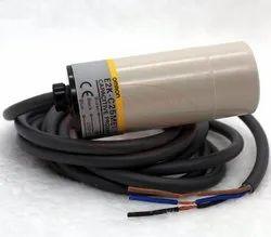 E2K-C25ME1 Omron Capacitive Proximity Switch