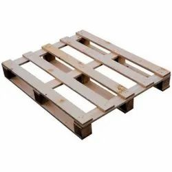 Rectangular 4 Way Industrial Wooden Packaging Pallet, Capacity: 1200 Kg