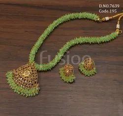 Fusion Arts Beaded Polki Necklace Set