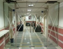 Swing Slim Frame With Frameless Glass Door, Thickness: 12 Mm