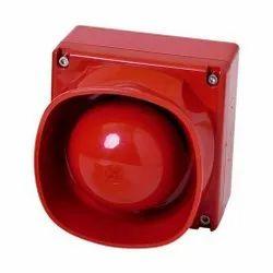 2 MP 1920 x 1080 Red Outdoor Camera, Camera Range: 30 m