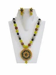 Fashion Beaded Jewellery Pacchi Artwork Yellow Necklace Pendant Set
