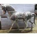 White Metal Horse Statue For Interior Decor & Corporate Gift