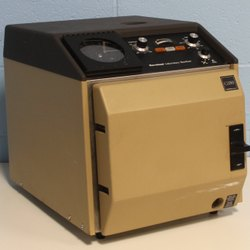 Laboratory Autoclave & Sterilizers
