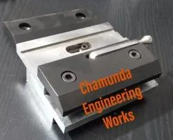 Quick Release Punch Clamp