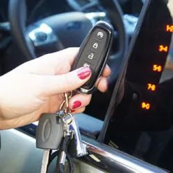 Center Lock Black RD Four Door Central Locking and Theft Alarm Kit, For Easy To Install