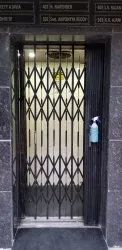 Black Mild Steel Manual Elevators Collapsible Gate, For Residential