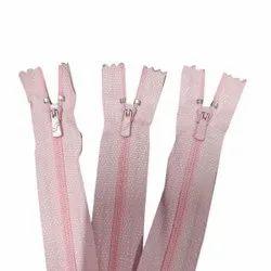Polyester Ykk Zipper, For Garments, Machine Cut