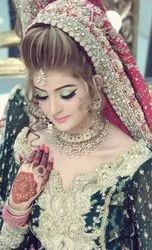 Best Beauty Parlour and Makeup for Ladies at Home in Sharda Nagar