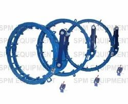 External Hydraulic Cage Type Pipe Clamp