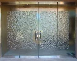 Stainless Steel (handle) Hinged Frameless Glass Door, For Office, Thickness: 12mm (glass)