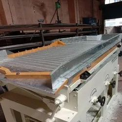 PEANUT CLEANING AND GRADING MACHINE
