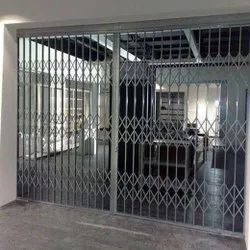 Black Mild Steel Collapsible Gates, For Residential