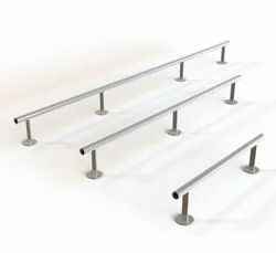 White Stainless Steel Wall Guard, For Pharma Company