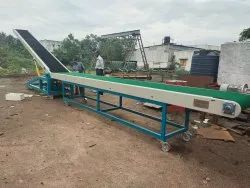 Loading Conveyor System with Flat Conveyor