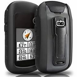 GARMIN eTrex 32x Rugged Handheld GPS with Compass and Barometric Altimeter