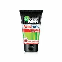 Green Garnier Men Anti Pimple Face Wash, Age Group: Adults, Packaging Size: 150ml