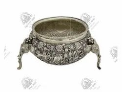 5 Liters Elephant Polished Silver Plated Artifacts