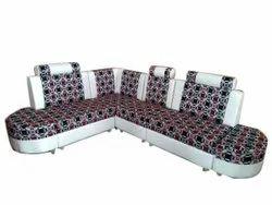 Modern Living Room Wooden L Shape Sofa Set, For Sitting