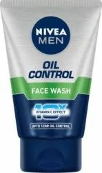 Herbal White NIVEA Oil Control Face Wash, Age Group: Adults, Packaging Size: 6cm