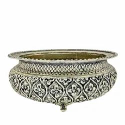 White Metal Silver Plated Urli For Home Decoration & Corporate Gift