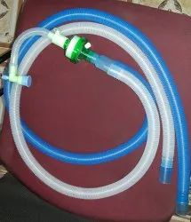 Ventilator Circuit with HME Filter and Catheter Mount