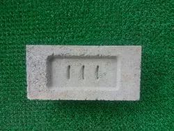 111 Rectangular Concrete Solid Block, For cement,stone and fly ash, Size: 9 * 4.3 * 2.8 inch