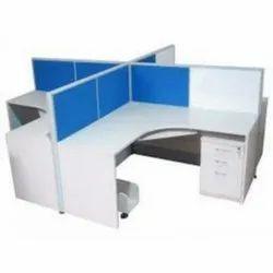 4 Seater Modular Workstation