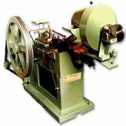 Bolt Head Trimming Machine