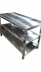 Polished Stainless Steel Commercial Work Table, For Restaurant
