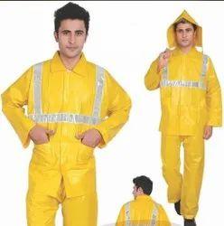 Raincoats .moq 50
